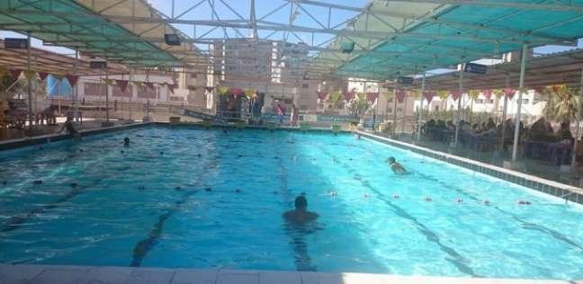 غلق حمام السباحة بالجامعة الامريكية بعد وفاة طالب غرقا