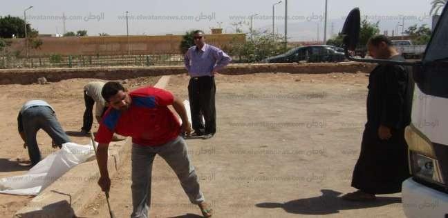 بدء أعمال نظافة الساحات والمساجد المخصصة لصلاة العيد بالقصير