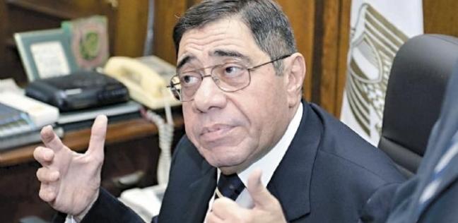 بالفيديو| النائب العام السابق يدلي بصوته في الاستفتاء بأبو ظبي
