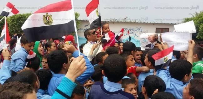 مسيرة لتلاميذ مدرسة ابتدائية بالبحيرة لدعوة الناخبين للمشاركة