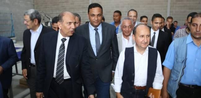 """""""وزير التجارة"""" بالسادات: حريصون على تنمية المشروعات الصغيرة والمتوسطة"""
