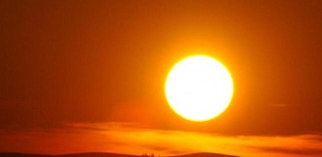 لماذا أشرقت الشمس اليوم من الشمال ؟ خبير بالبحوث الفلكية يرد