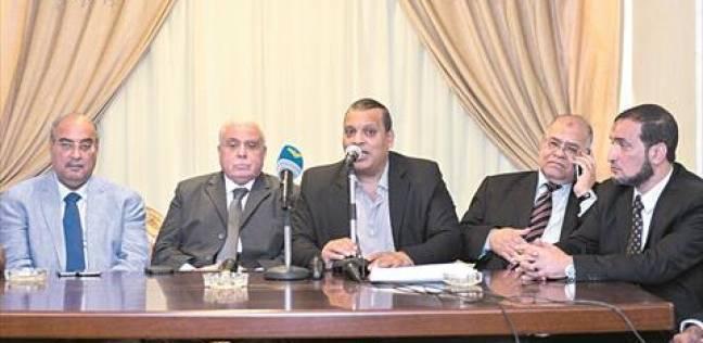 """تيار الاستقلال يرفع شعار """"هنغير الدستور"""".. وفي 2014 """"نعم هي الحل"""""""