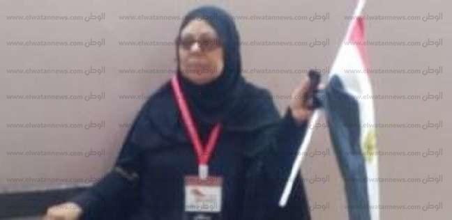 """توصيلة وتشجيع وتوعية.. """"ابنة أسيوط"""" في مهمة وطنية """"رايح جاي"""": تحيا مصر"""