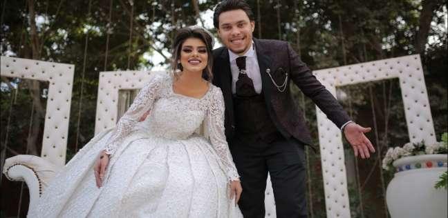 أحمد حسن وزينب في حفل زفافهما