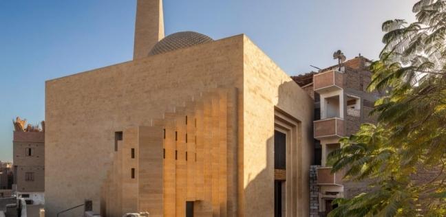 بعد تكريم السيسي لمصممه في أسوان.. 7 معلومات عن مسجد باصونة بسوهاج