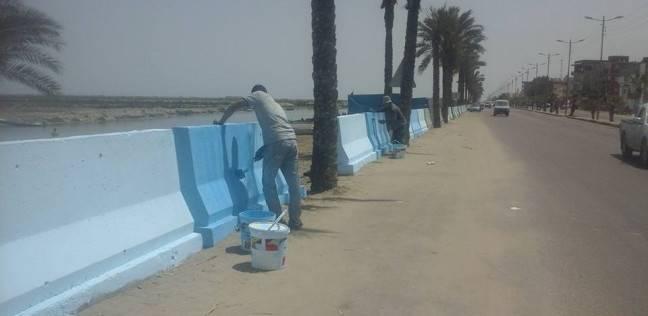 مجلس مدينة دمياط يواصل أعمال تنظيف وتجميل طريق بورسعيد