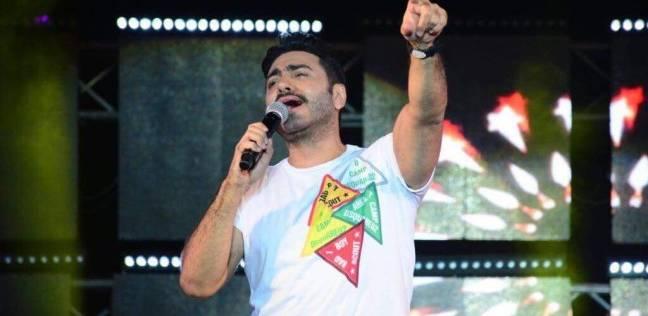 بالصور| تامر حسني يفتتح حفلات بورتو سعيد