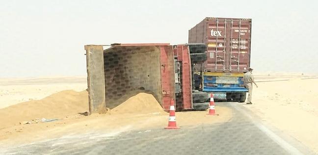 المحافظات   مصرع سائق تروسيكل اصطدم بشاحنة في الوادي الجديد