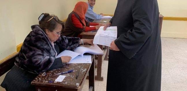"""خالد الجندي يدلي بصوته في الاستفتاء: """"عرس ديمقراطي"""""""