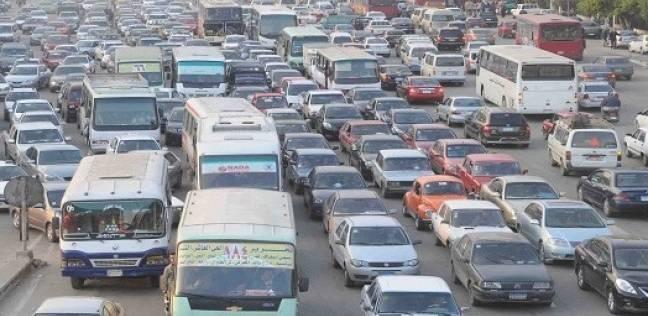 """""""الإحصاء"""": 92% من السيارات في الشوارع ملاكي.. و7.5% ميكروباص وتاكسي"""