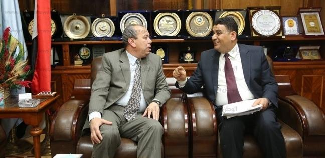 محافظ كفر الشيخ يبحث عددا من الملفات مع مفوض الدولة والمستشار القانوني