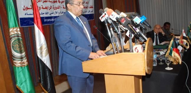 وزير الزراعة: على المصريين إدراك خطورة الإمدادات المائية للبلاد