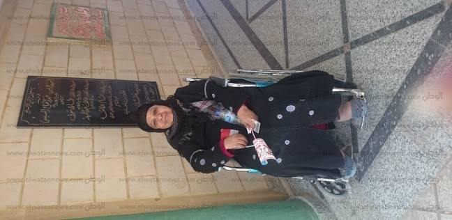 بالصور| كراسي متحركة لكبار السن أمام اللجان في بولاق أبو العلا