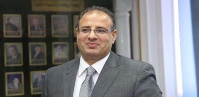 محافظ الإسكندرية يتفقد اللجان الفرعية للاطمئنان على سير عملية الانتخاب