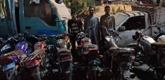 حبس 3 أشخاص بتهمة سرقة الدراجات البخارية في طوخ