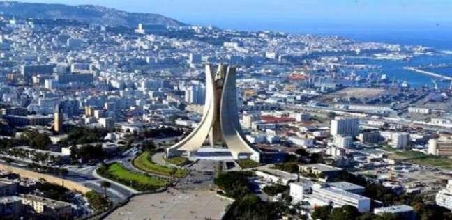 وزير العدل الجزائري لا يستبعد تعديلا دستوريا عميقا