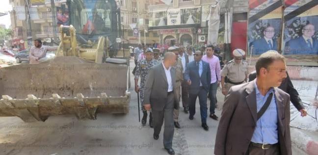 بالصور| مدير أمن الغربية يقود لإزالة الإشغالات وتحصيل 46 ألفا غرامات