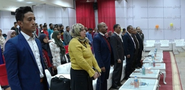 """رئيس الجامعة يشهد تنصيب أعضاء اتحاد طلاب """"طب أسوان"""""""