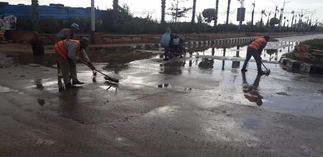 غلق طريق الزعفرانة في الغردقة بسبب الأمطار الغزيرة