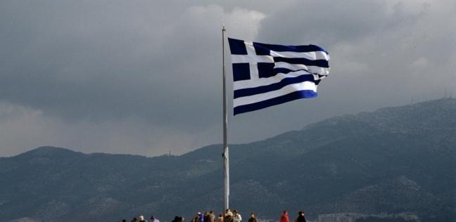 أب لسبعة أطفال أنقذ اليونان من كورونا