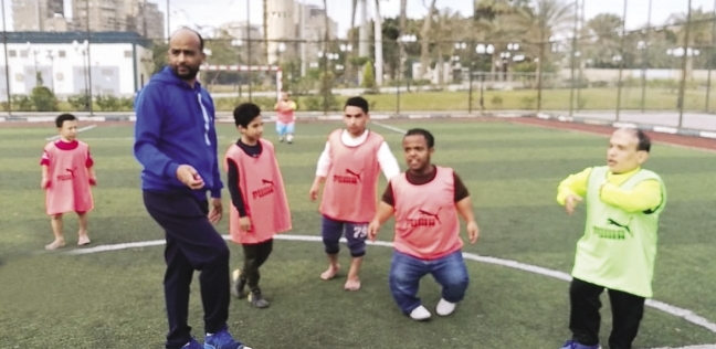22 لاعباً من قصار القامة فى دورة رمضانية بالإسكندرية: من حقهم يلعبوا
