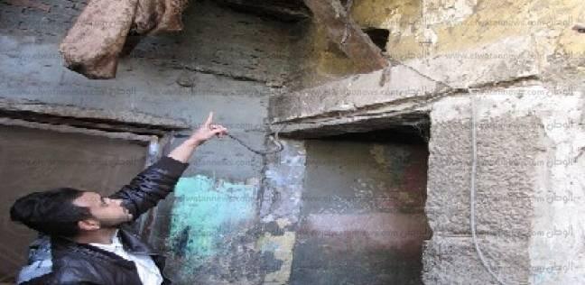 زين العابدين: مساكن «كلها شروخ» والأهالى يتمنون سكناً آمناً ومصدر رزق