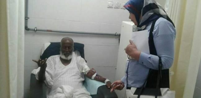 """وكيل """"صحة البحر الأحمر"""" تتفقد سير العمل بمستشفى الشلاتين"""