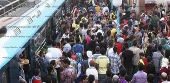 """""""المترو"""": انتظام حركة الركاب بمحطة المرج القديمة لليوم السادس"""