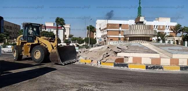 إزالة المصدات الخرسانية بشارع الشهيد أحمد حمدي بطور سيناء