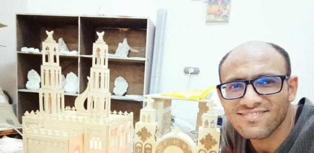 ميلاد جابر.. إلى جانب مشغولاته الخشبية