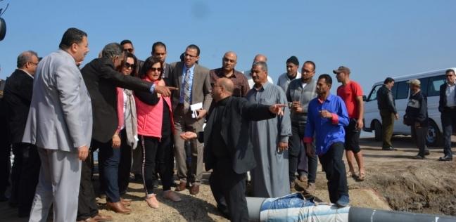 نائب وزير الزراعة تتفقد المزارع السمكية بجنوب بحيرة المنزلة