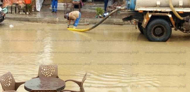 أمطار غزيرة على محافظة الدقهلية.. والمحليات تطبق خطة مواجهة السيول