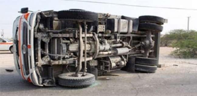 إصابة عميد شرطة في انقلاب سيارة بالمنيا