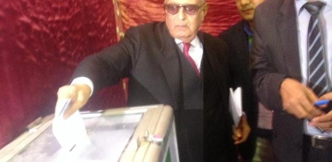 أبو شقة يدلي بصوته في انتخابات الهيئة العليا لحزب الوفد