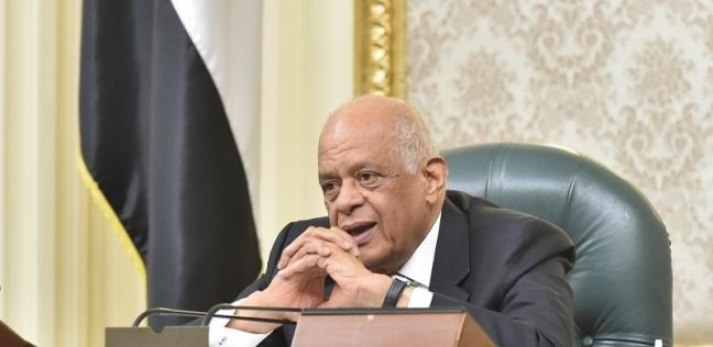 رئيس البرلمان يمازح عمر مروان: الحكومة تركتك تتلقى النيران وحيدا