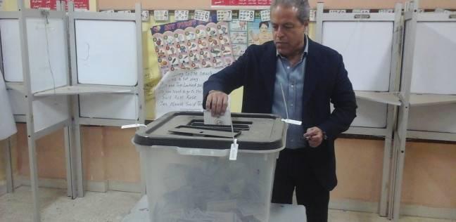 """أمين صندوق """"الأهلي"""" يدلي بصوته في الدقائق الأخيرة"""