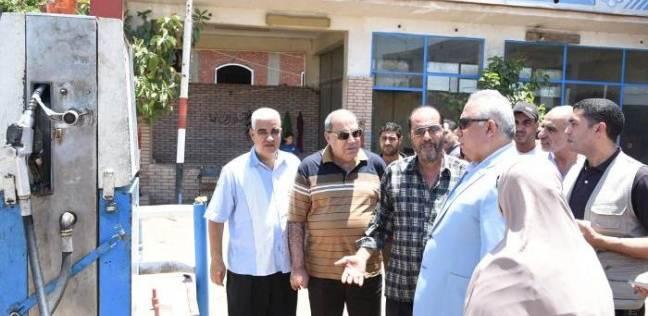 محافظ الشرقية يتفقد عددا من محطات الوقود بمركز أبو حماد
