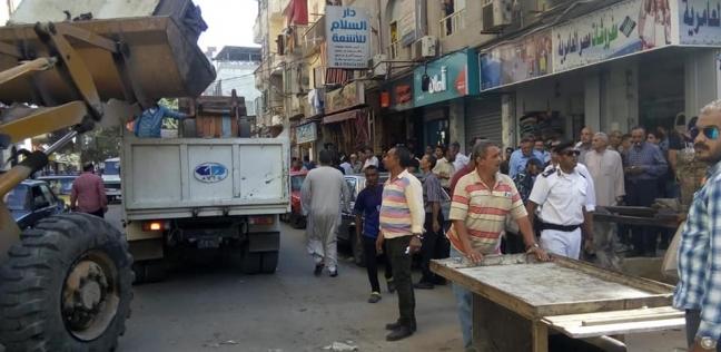 ضبط 12 محكوما و5 متهمين بالتسول في حملات لتسهيل حركة المرور بالجيزة