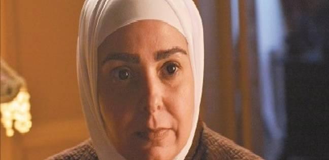 ماجدة زكي وبوسي شلبي تحضران صلاة الجنازة على والد صابرين