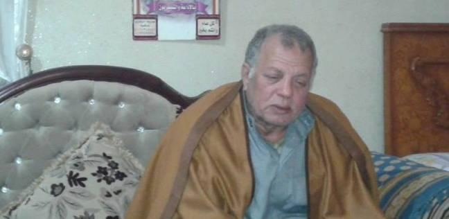 """مواطن يتهم ضابط شرطة بقتل نجله المحبوس في قضية """"سرقة هاتف نجل مستشار"""""""