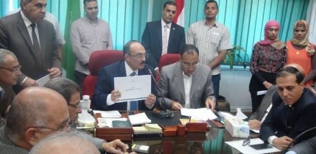 وزير الإسكان يمنح محافظ القليوبية صلاحيات وضع مخططات عمرانية