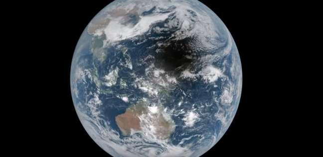بالفيديو| ظل غامض يثير حيرة العلماء بعد ظهوره على كوكب الأرض
