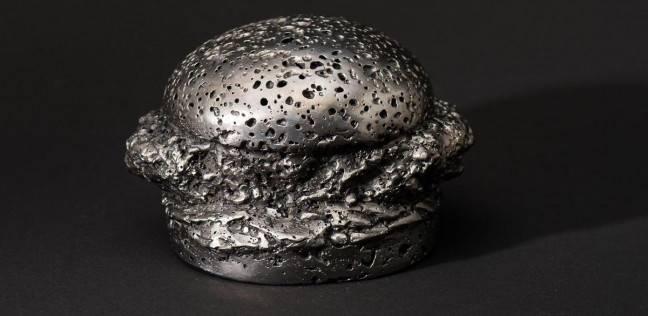 """""""ميتيورايت"""" أغلى ساندويتش بالعالم من صخور النيزك: سعره 20 ألف دولار"""