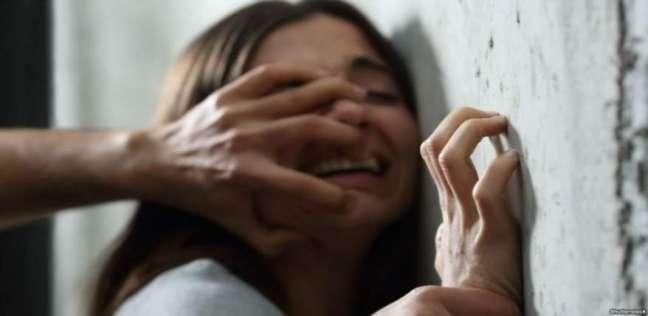 حوادث   شاب يخدر زوجة شقيقه ويغتصبها في الدرب الأحمر.. والزوج يقتله بـ5 طعنات
