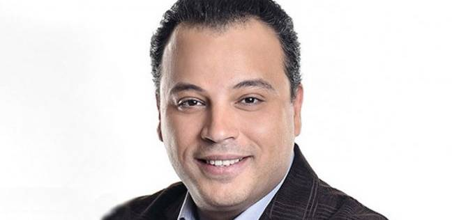 """تامر عبد المنعم: 3 حلقات وانتهي من كتابة مسلسل """"الظاهر"""""""