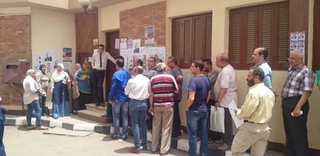 بالصور| إقبال كبير في انتخابات اللجنان النقابية للتنظيم والإدارة