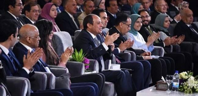 «السيسى» بجلسة «اسأل الرئيس»: «أقسم بالله لم يكن هناك أى تآمر على نظام مرسى.. وإحنا ما بنعملش مصالحات ولا اتصالات مع حد»