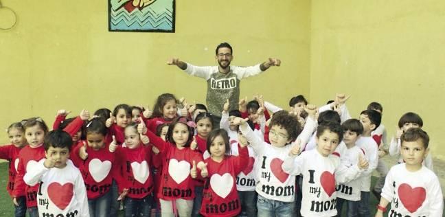 «فرحة».. ترسم البسمة على وجوه أطفال سوريا