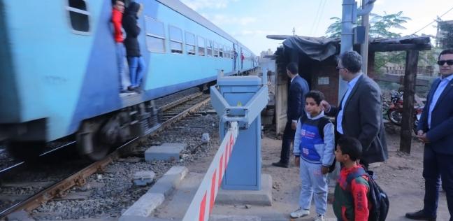 """""""السكك الحديدية"""": الانتهاء من تطوير 1120 مزلقان  في 2020"""